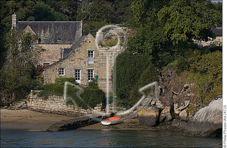 Villa de charme sur le rivage de l'Aven - Névez - Haus