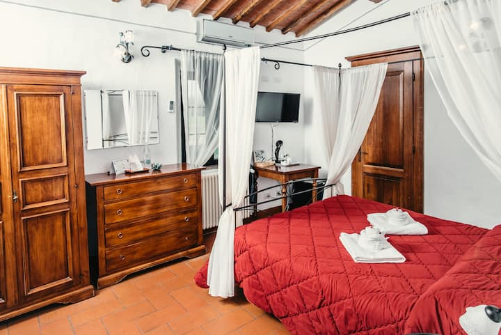 Tuscany Country side boutique double room