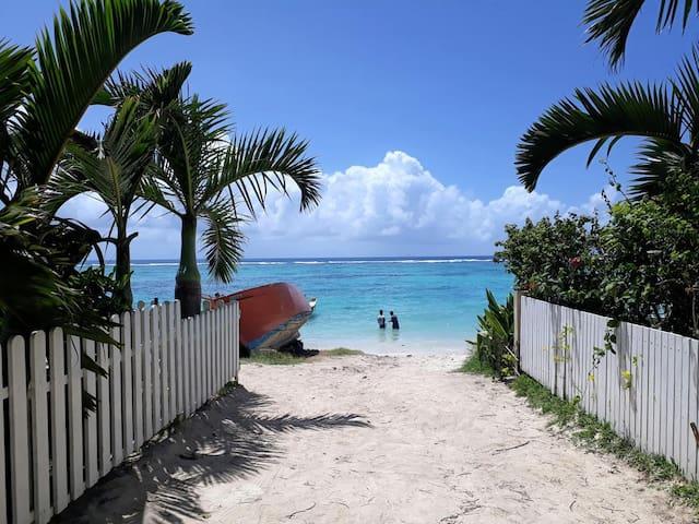 Tropical Garden Apartment Trou Aux Biches
