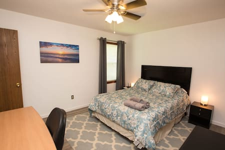 ~ Comfortable stay close to everything!Remodeled ~