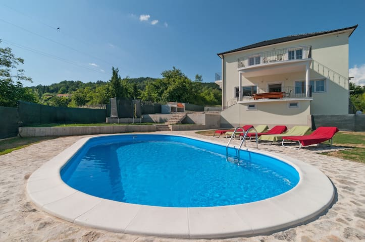 Villa Apricatio, 10 guests, 30 km from Split - Sinj