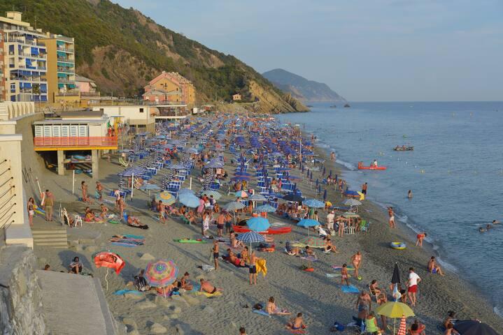 La spiaggia di Deiva Marina