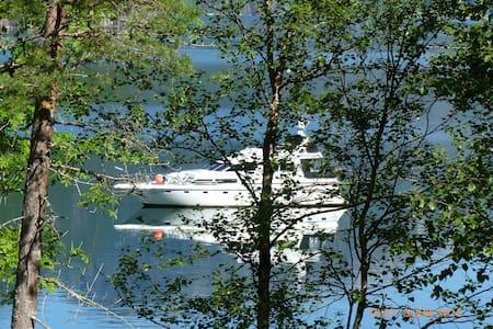 Hardangerfjord - Kinsarvik