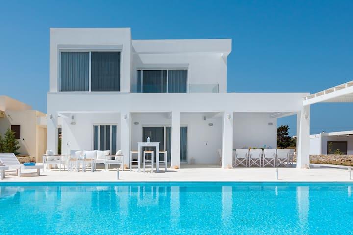 Nada Beachfront Villa
