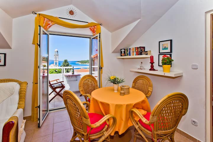 Apartment Jacky  No. 6 in Hvar