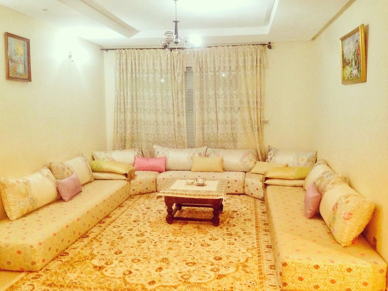 Sitting room  (Moroccan style)
