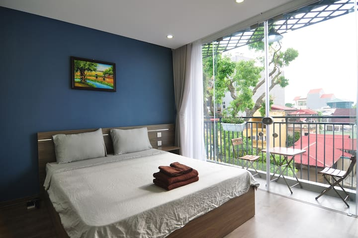 1ITG2.6 - Cozy Penthouse in Hanoi French Quarter
