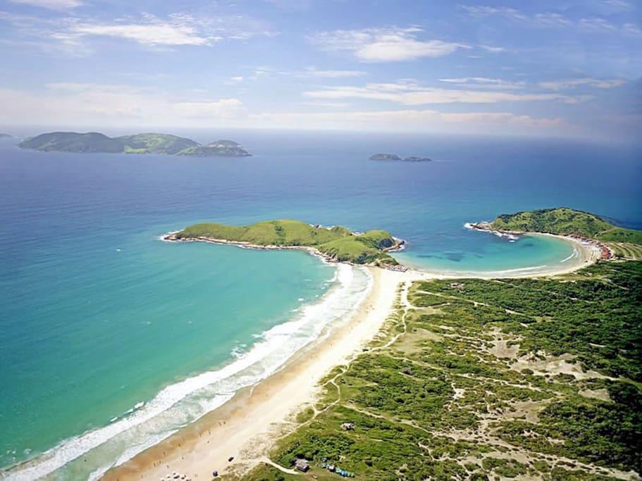 praias do Peró e praia das Conchas a 400m da casa