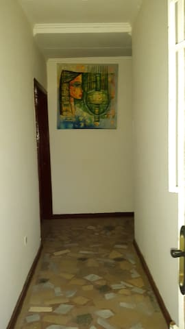 Villa for rent near Edna mall 1km from airport