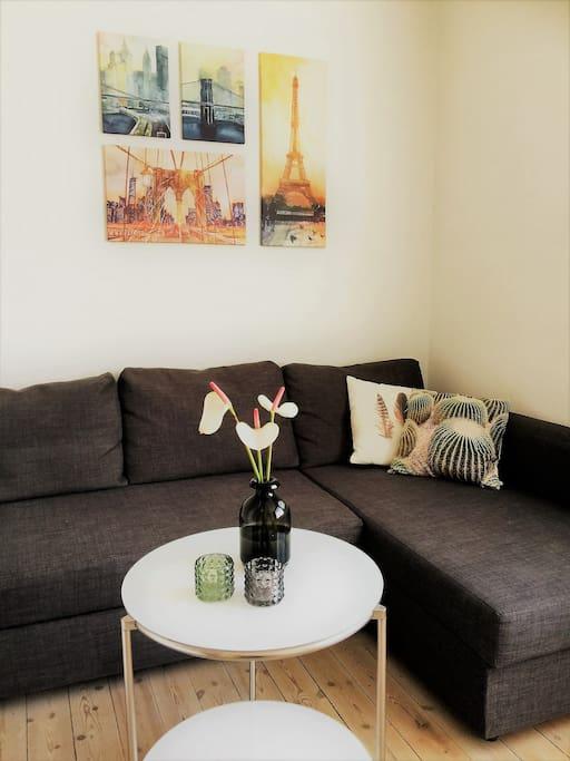 Lounge area/sofa bed