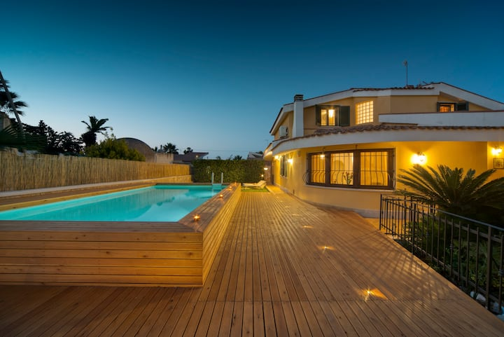 Villa Anbegia / Luxe & swimming pool