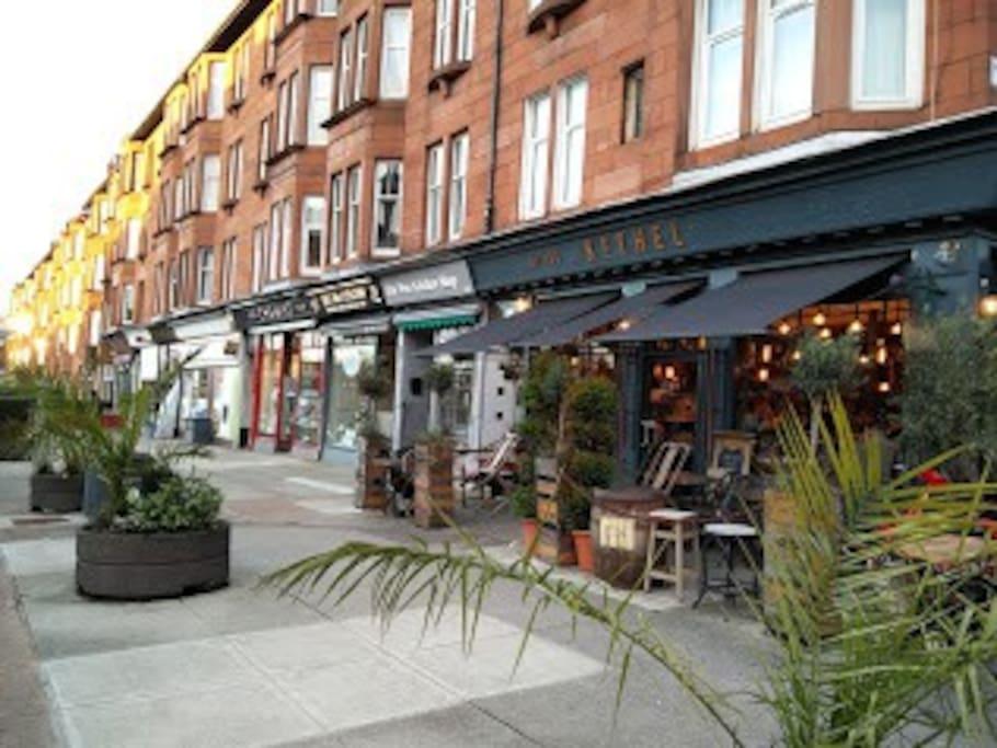 Quintessential Glasgow West End.