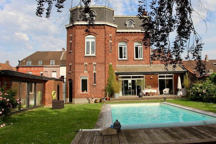 Grande Maison de Famille près de Lille