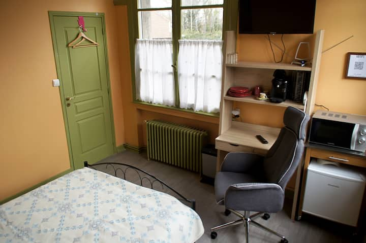 Small studio with bathroom 25km from Lille