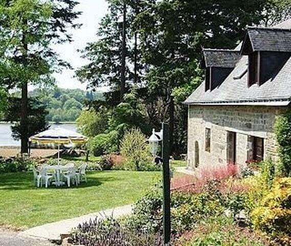 FarmHouse - La Ferme & sa piscine chauffée