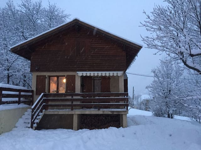 Val d'Allos, quiet and sunny chalet with Wifi