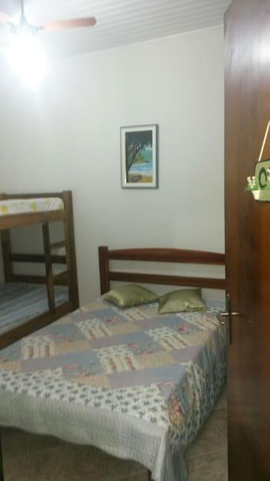 Quarto 1 - cama de casal