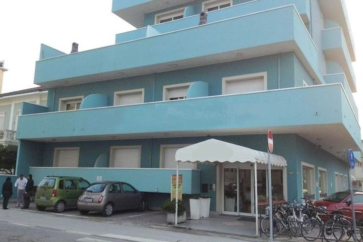 Residence at just a few steps from the beach with swimmingpool