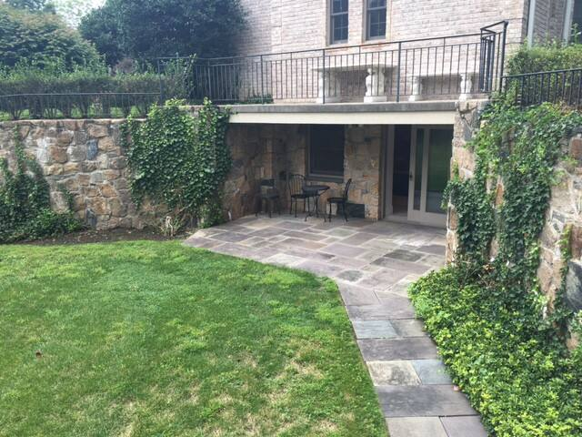 Large Private APT, Gym, Patio,Yard - Armonk - Overig