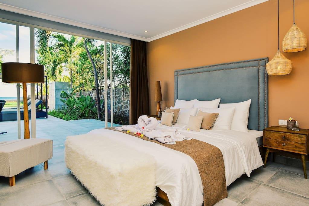 Master Bedroom - villa L