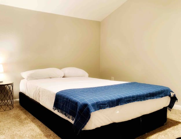 $80 TOTAL/NIGHT Includes all taxes & fees Su-Th
