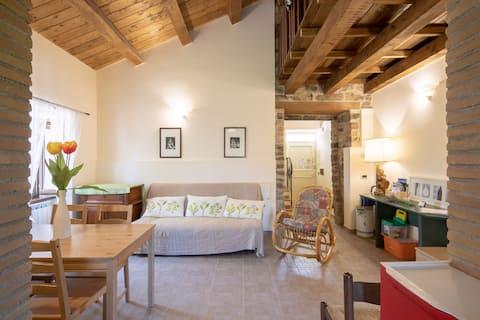 Villa Sabrina-MARCHE, apartament 8 beds with pool