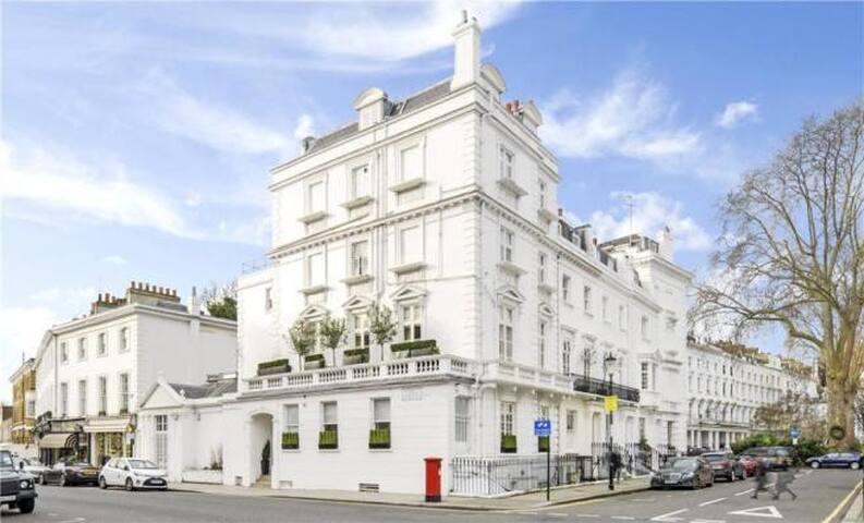 Brand New Whole Knightsbridge Apartment