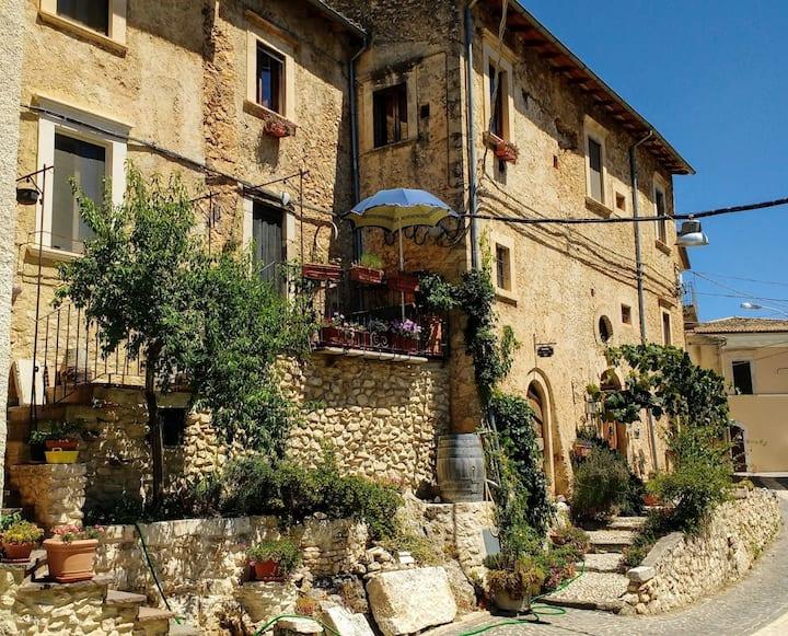 SOTTO LE VOLTE - Abruzzo,terra autentica da vivere