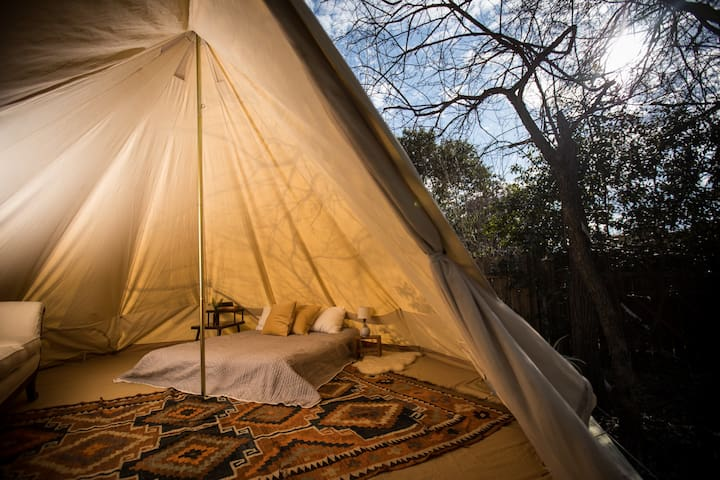 Austin Hideaway with Yurt and Bathhouse
