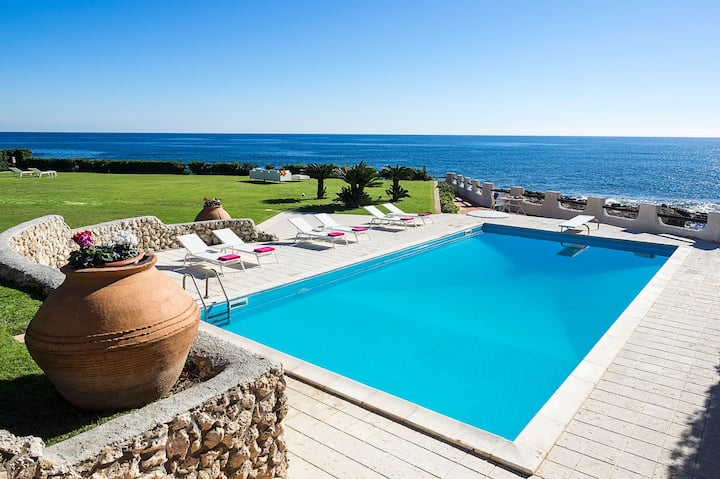 Private seafront villa with pool