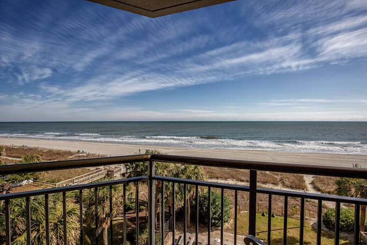 Luxury/High End Remodel/Oceanfront/Dogs Welcome!