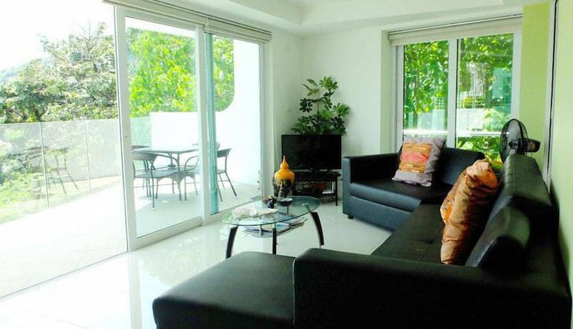 Kata Condo with pool & sea views - 2 bed, 2 bath - Karon