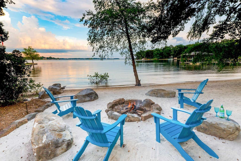 Enjoy those spectacular summer sunsets with the family around the beachfront fire pit.