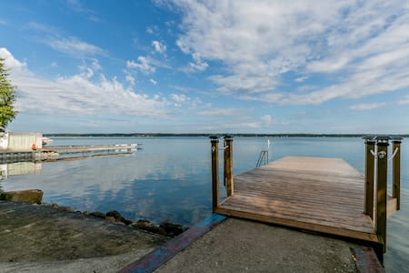 Lake Simcoe/Big Bay Point/Friday Harbour Cottage - Innisfil - Cottage