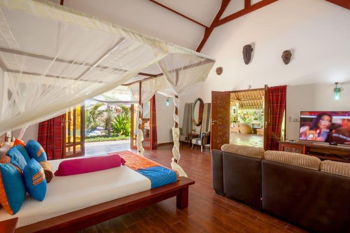 Luxury Superior main bedroom