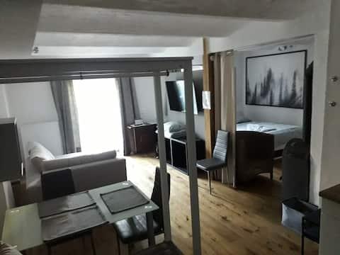 LOFT im Erdgeschoss, 45m², Kreuzbergl (1-3 Gäste)