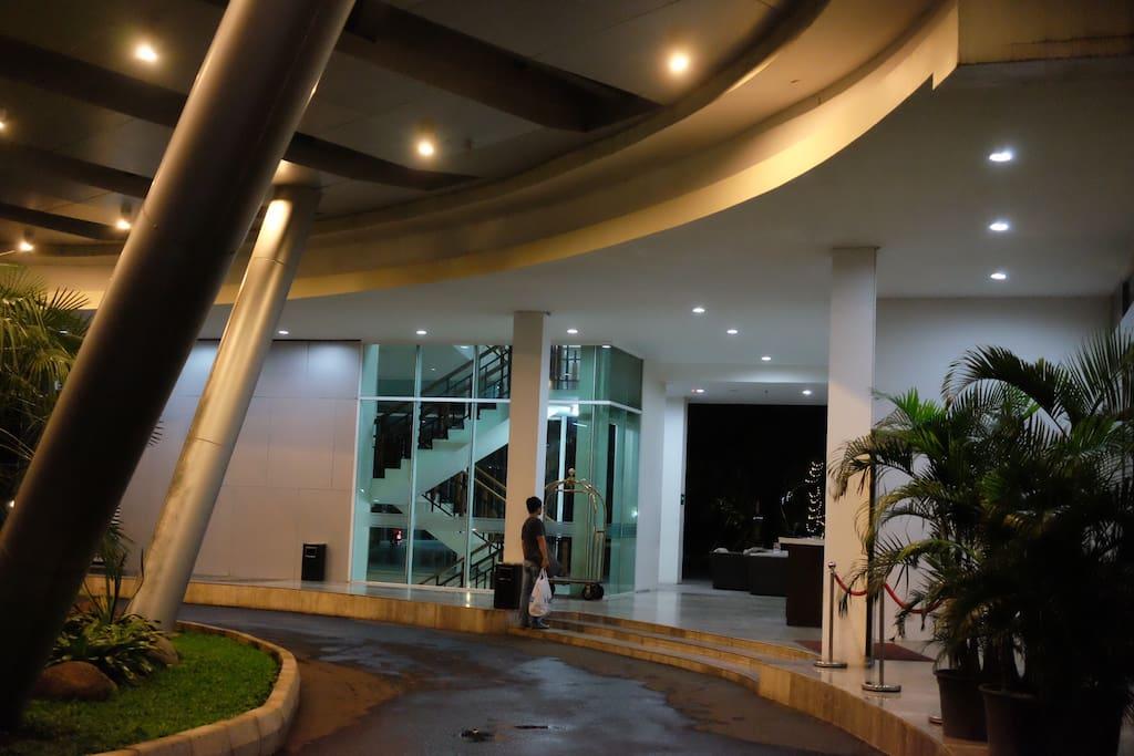 Building entrance, 2 lobby.