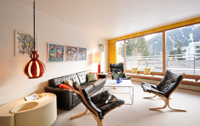 Cozy Apartment in Davos, montains view