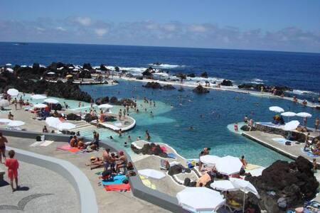 Vila Ocean View  PT234369540 - Porto Moniz - บ้าน