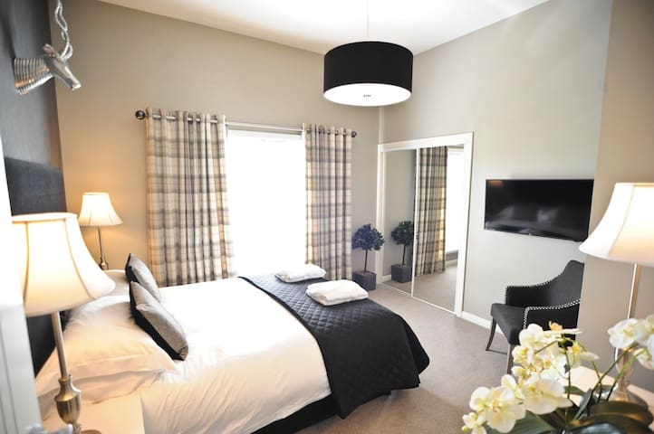 luxury apartment quiet location stunning views - Stirling - Apartment