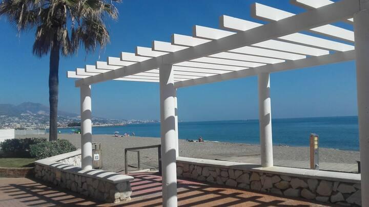 Piso a dos min  andando de la playa de Fuengirola