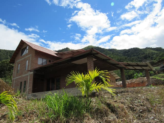 Estancia Podocarpus - Chalet Suit Home