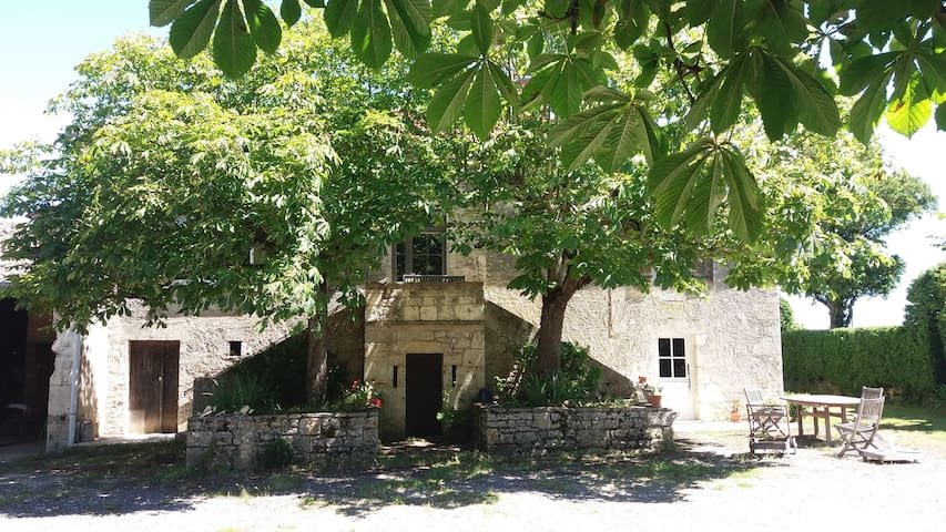 Roubert - Montaigu-de-Quercy - House