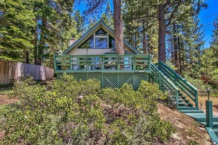 Cozy & Spacious Cabin in South Lake Tahoe - South Lake Tahoe - Cabane