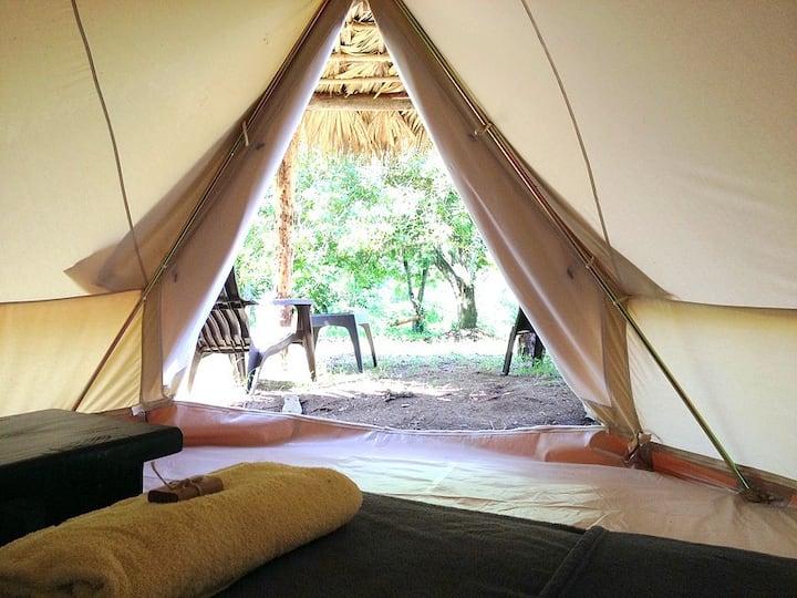 Villas del Lago Glamping Tent Deluxe 3