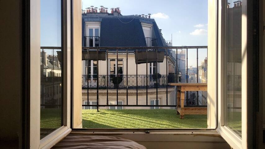 Paris 2 | Sentier | Cosy flat with rooftop :)