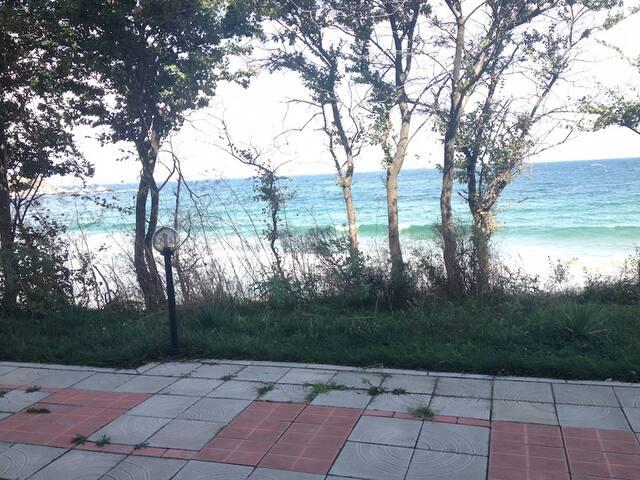 Студия в 5 метрах от пляжа Cote d'azur, Черноморец - Chernomorets - Appartement