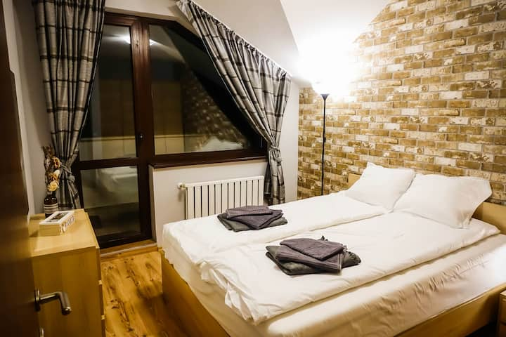 Borovets Garden Cozy Ski Apartment
