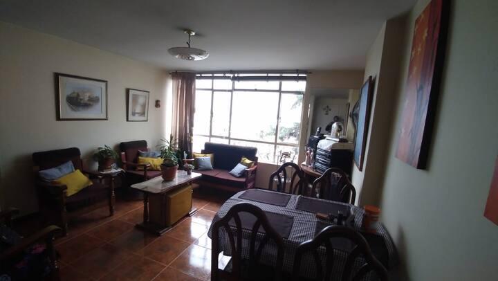 Habitación privada en apto. amueblado, CUAN.
