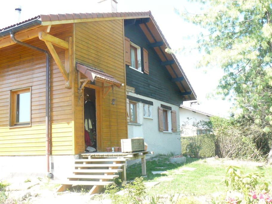 Chambre au calme pr s d 39 annecy maisons louer villaz for Annecy maison a louer